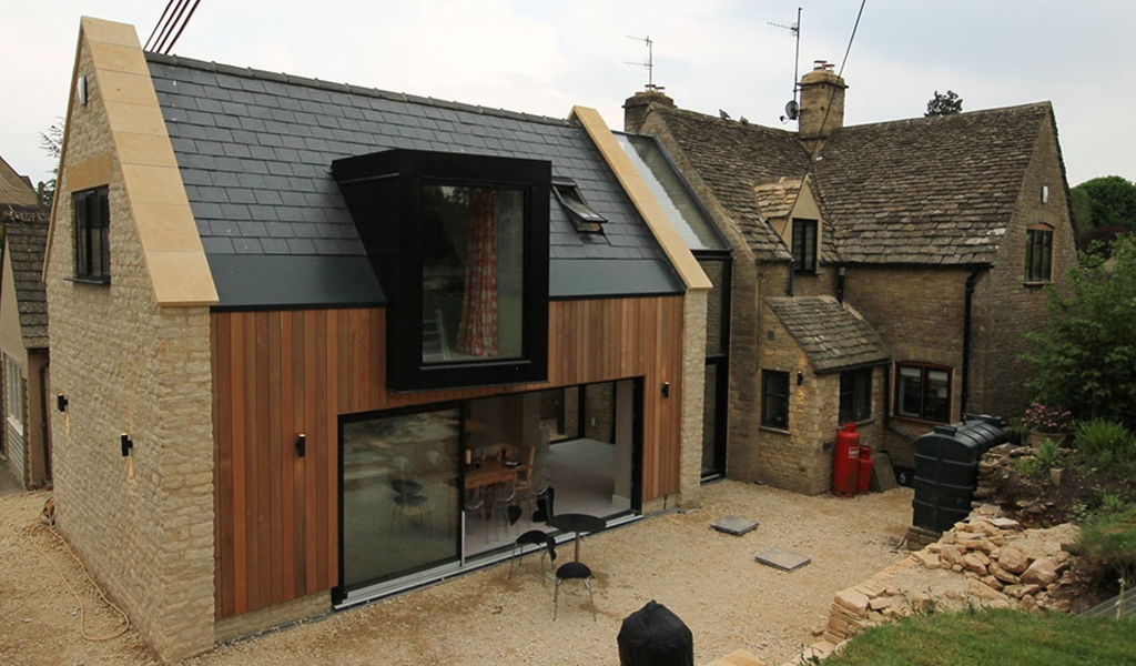 Poachers Cottage by Coombes Everitt Architects