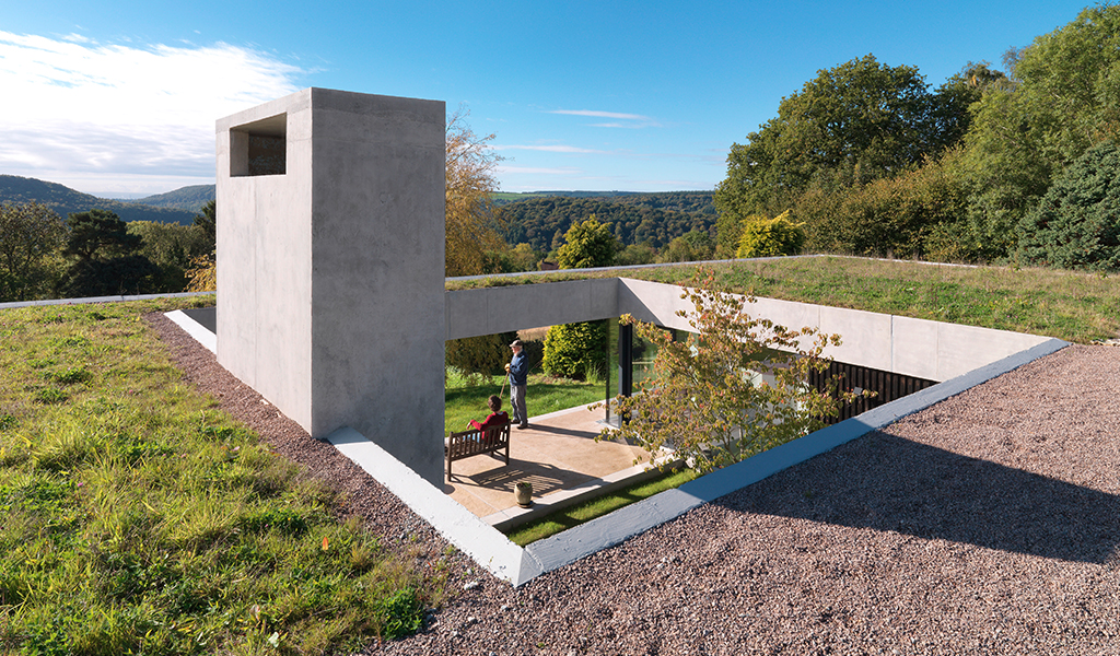 Outhouse, Gloucestershire by Loyn and Co